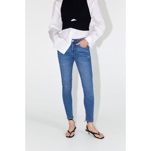 SALE Zara Skinny Jeans